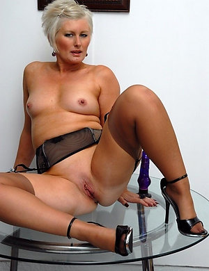 Amazing matures in stockings and heels