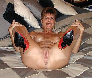 Nude mature ladies in high heels pics