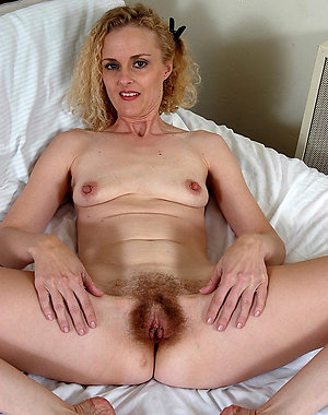 Amateur pics of milfs with big pussies
