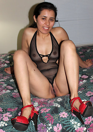 Naughty latina old wife sex pics