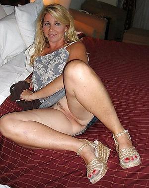 Wonderful nude mature leg sex