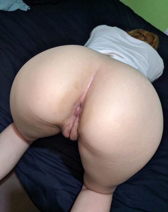 Mature Big Ass Threesome