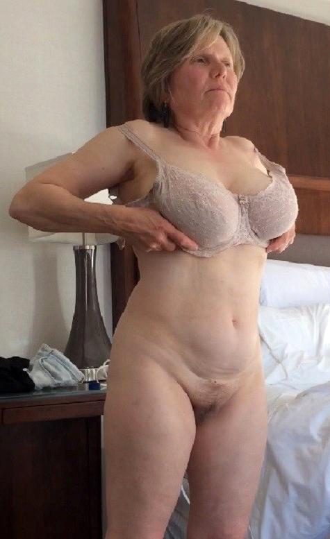Bungling nude mature natural women
