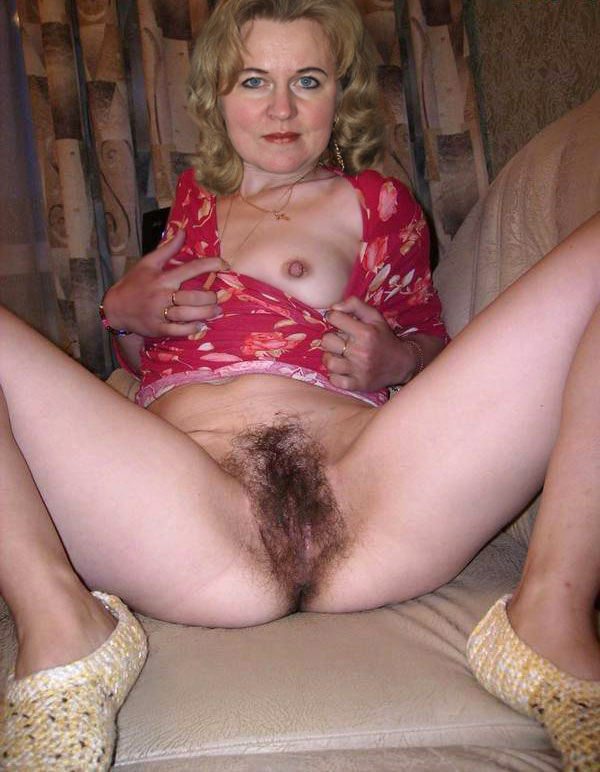Sexy amateur old women pussy pics