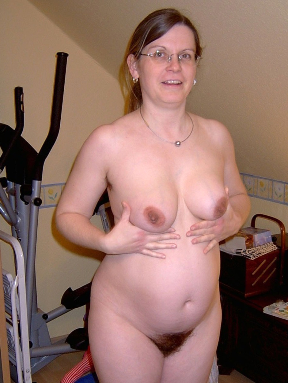 Amateur pictures of unshaved hairy pussy