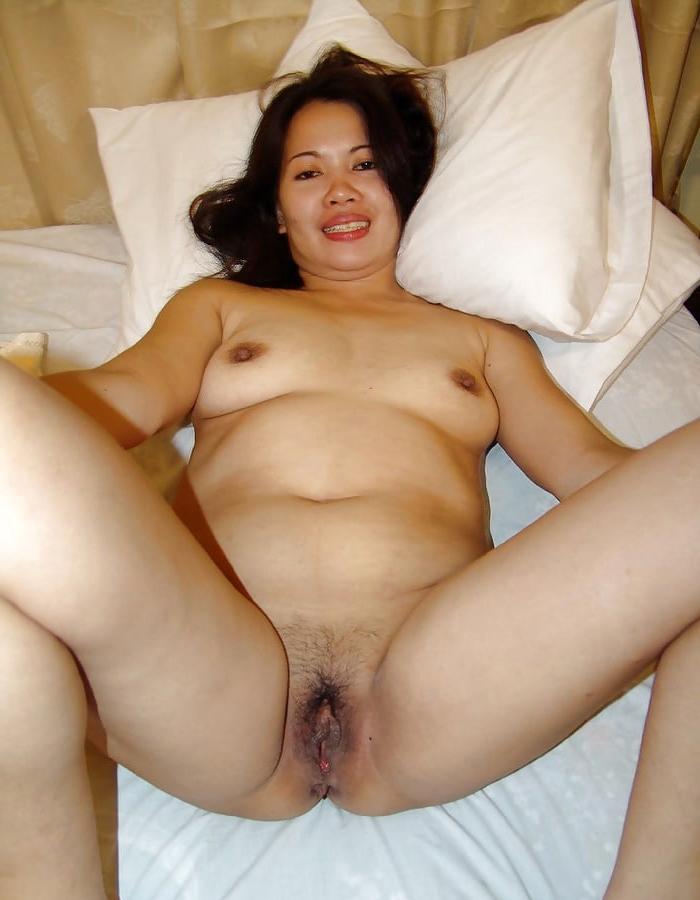 Titillating mature filipina women