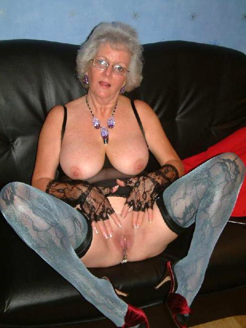 Sexysexy mature whore porn pictures