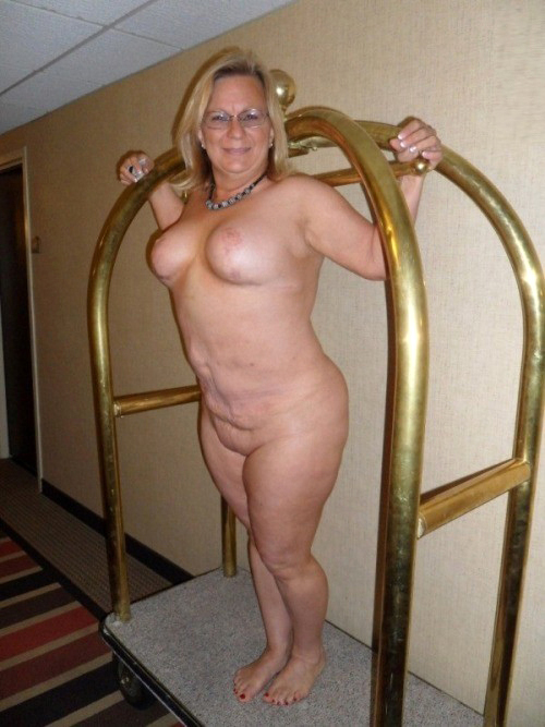 Hottest mature whore pics